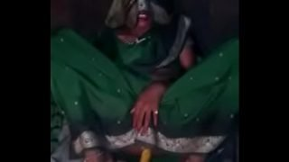 indian desi village wife in saree doing anal masturbation
